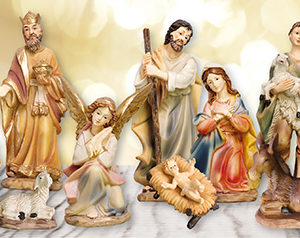 3.5 inch - 11 Figure Resin Nativity Set.